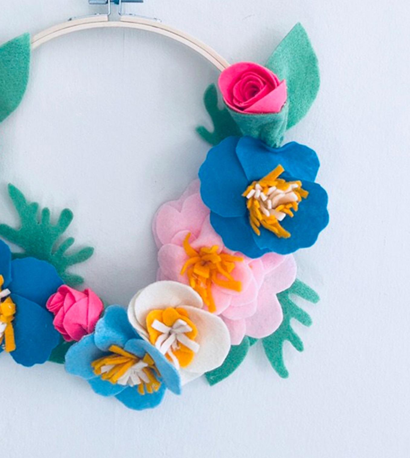 Felt+Flower+Wreath+.jpg