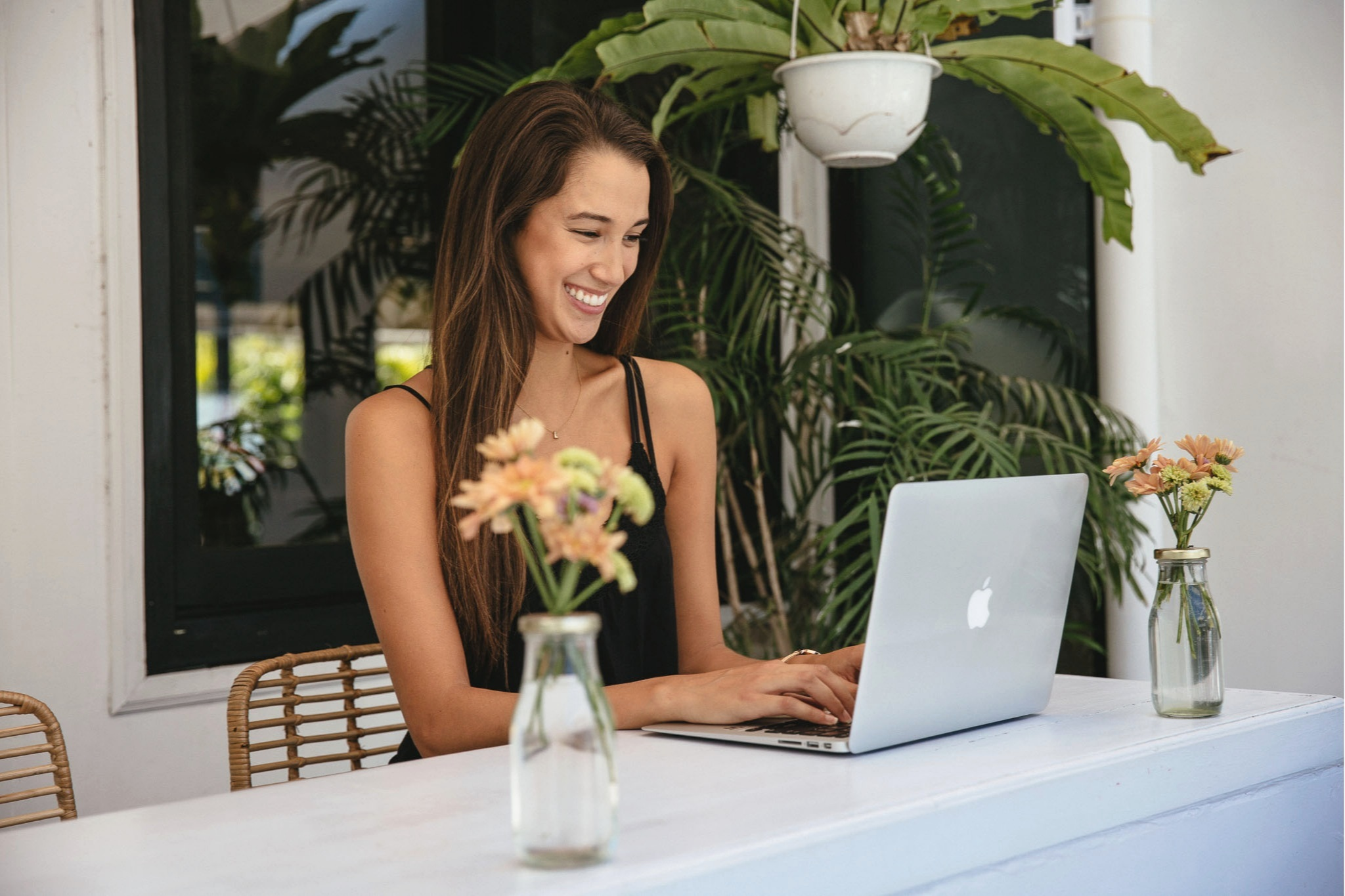 Lauren Tamayo is a Mindset and Productivity Coach for Female Entrepreneurs