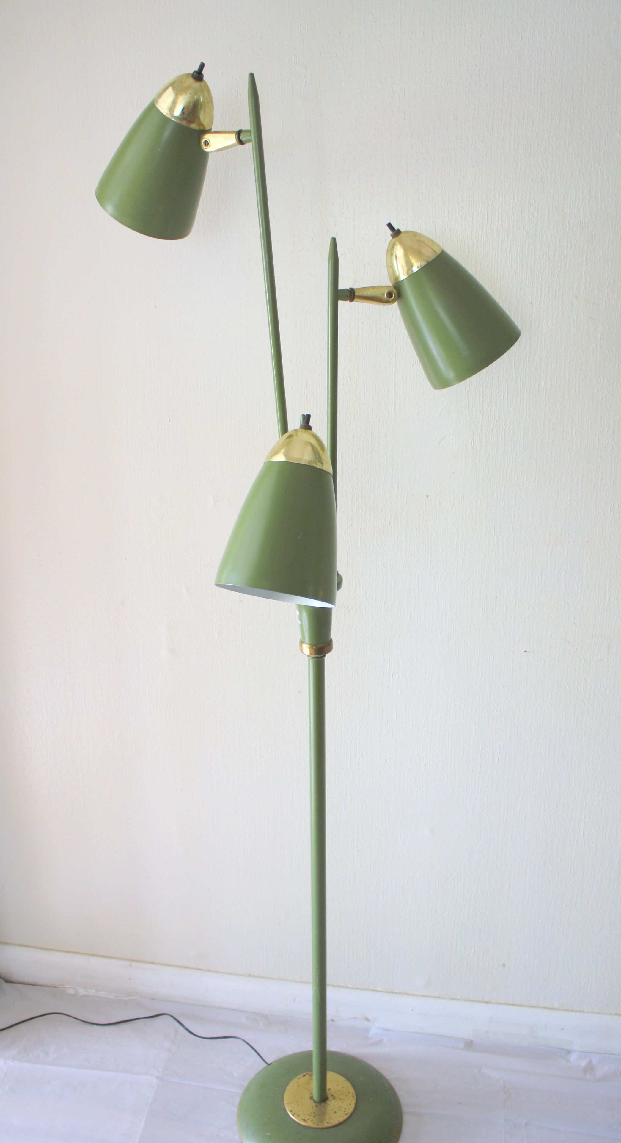 Floor lamp 3.jpg