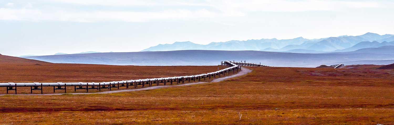 Pipeline across a desert