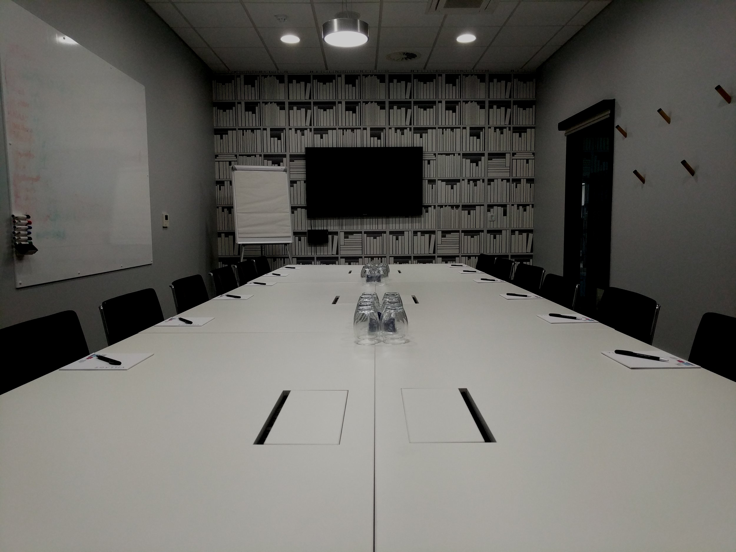 Kaizen Leadership Academy - The Kaizen Leadership Academy hold monthly boardroom sessions where you can network with and learn from other non-competing companies with a focus on improving leadership skills.