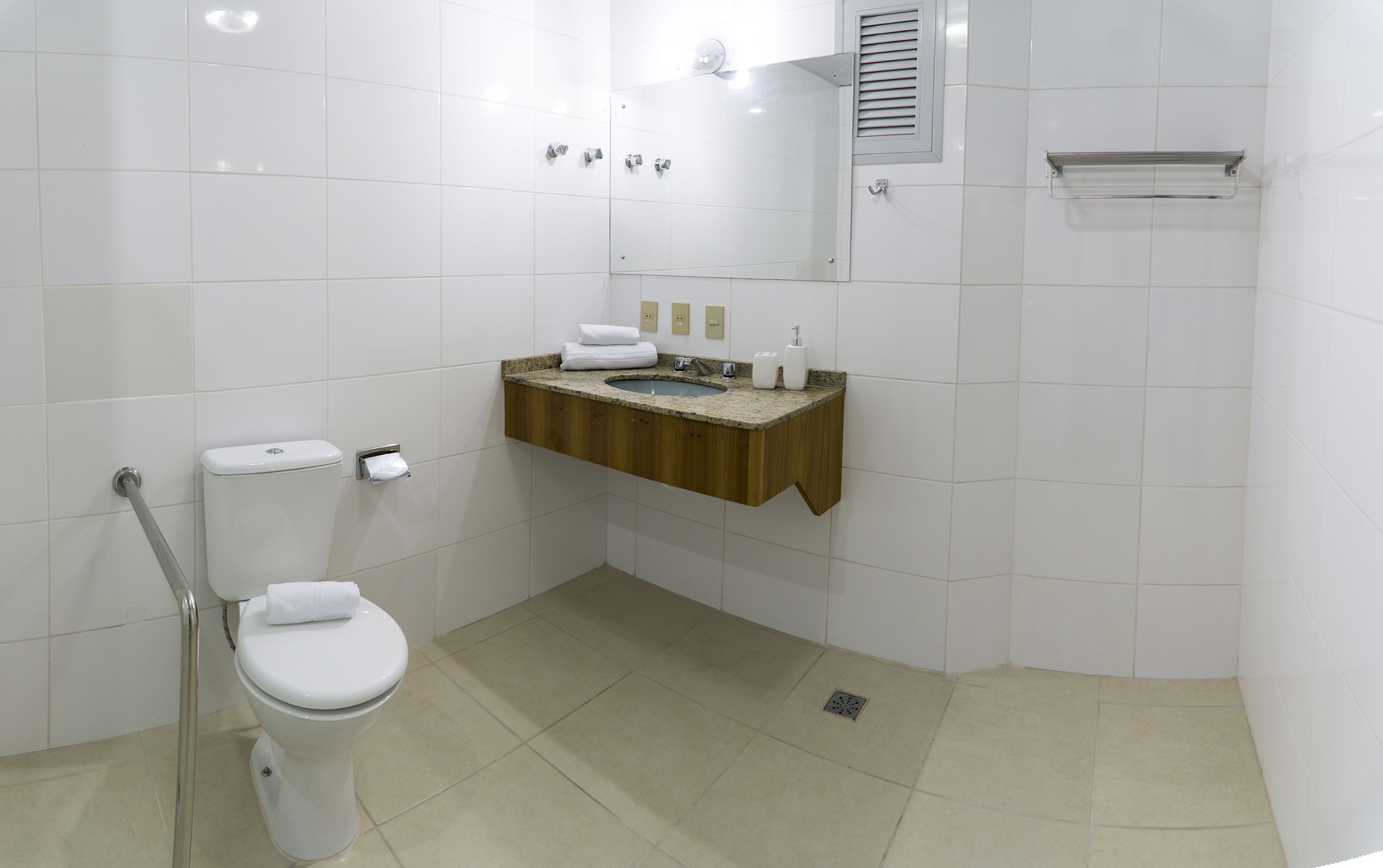 banheiro-baixa.jpg