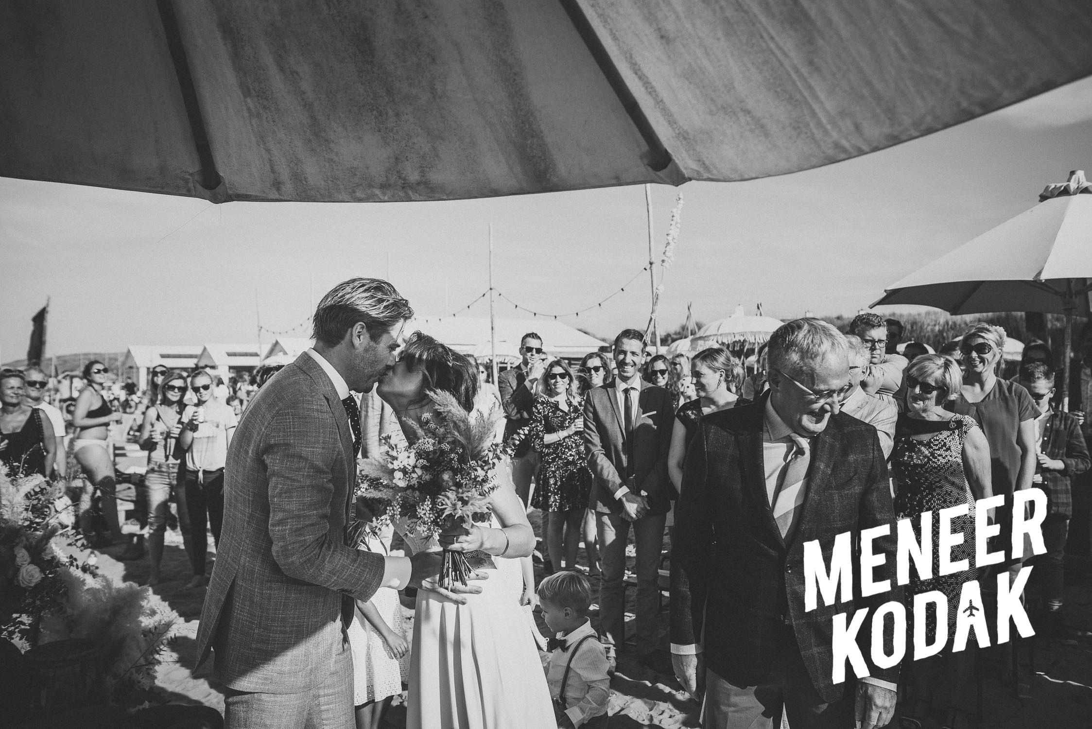 Meneer Kodak - Strandbruiloft - Noordwijk - K&A-083.jpg