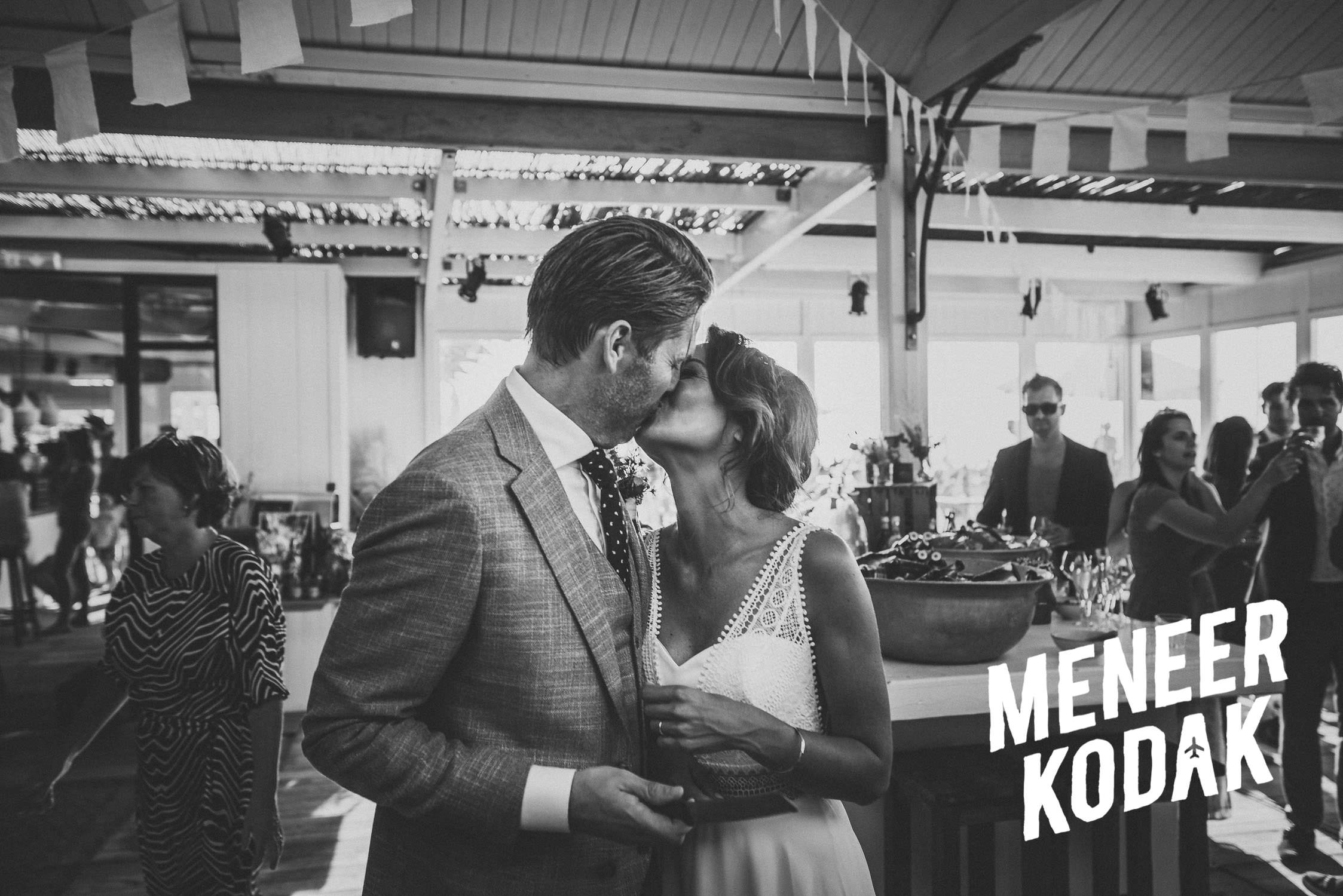 Meneer Kodak - Strandbruiloft - Noordwijk - K&A-110.jpg