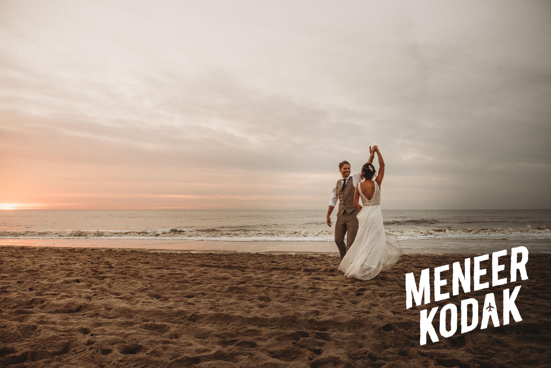 Meneer Kodak - Strandbruiloft - Noordwijk - K&A-127.jpg