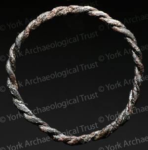 Ring (2)