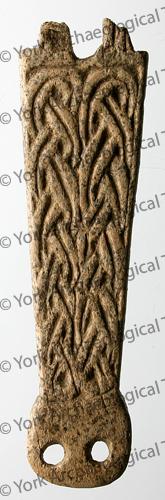 5000-1436 sf4977 Anglo-Scandinavian antler buckle plate lw.jpg