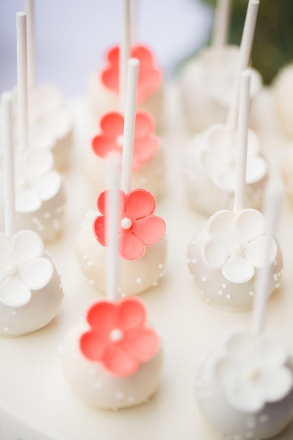 cake-pops-flower.jpg