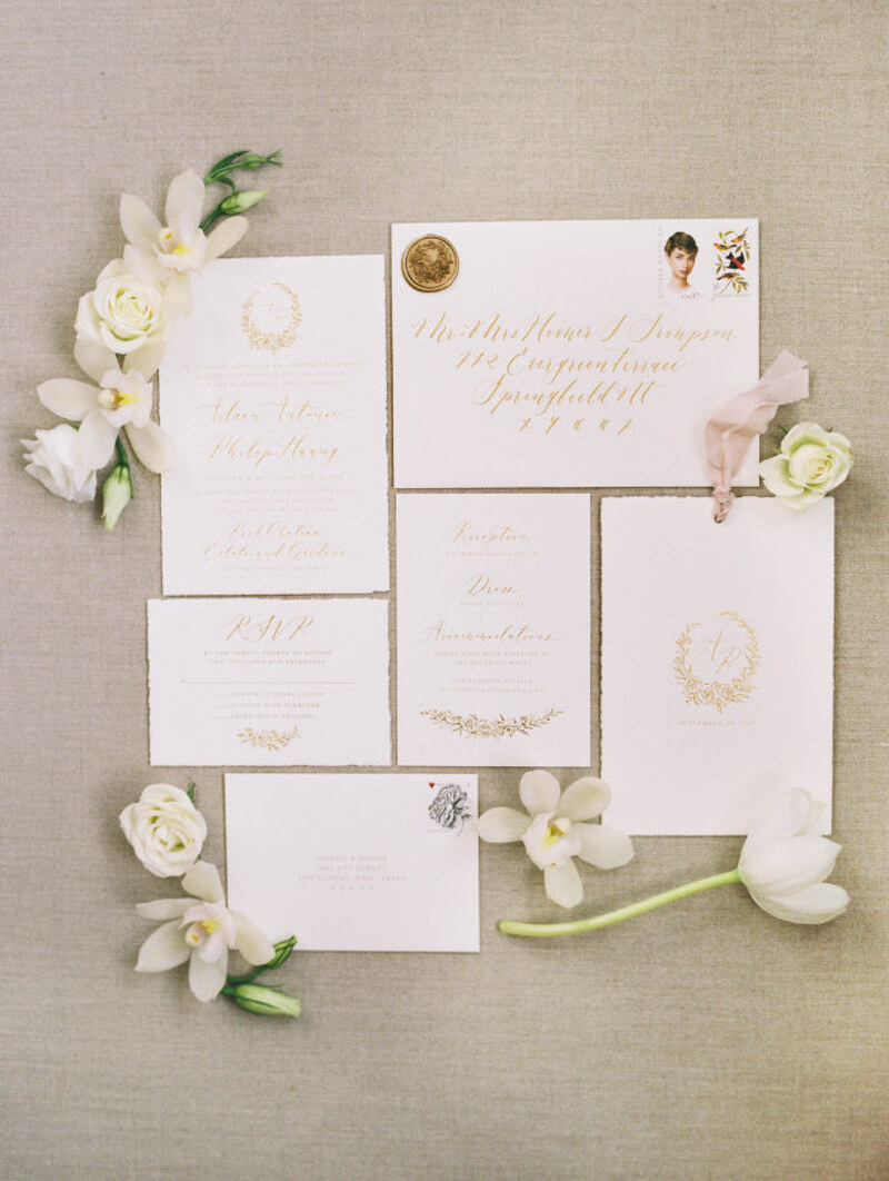 fine-art-wedding-invitation-ideas.jpg