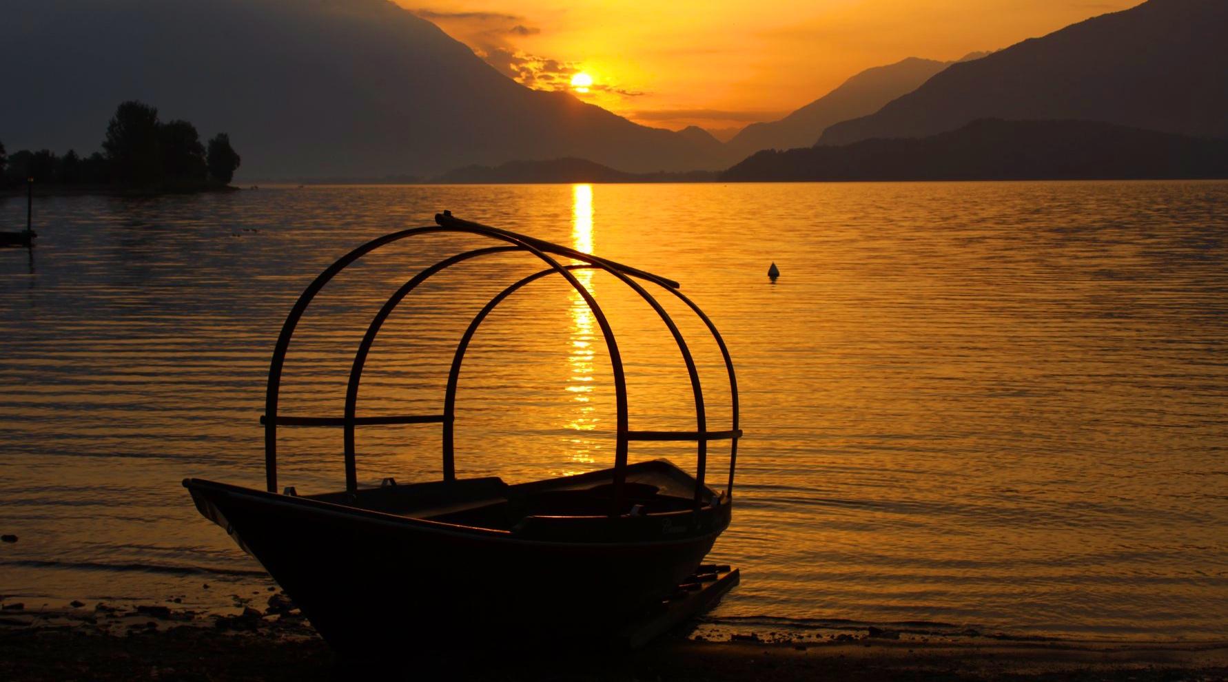Image by Beppe Galbiati