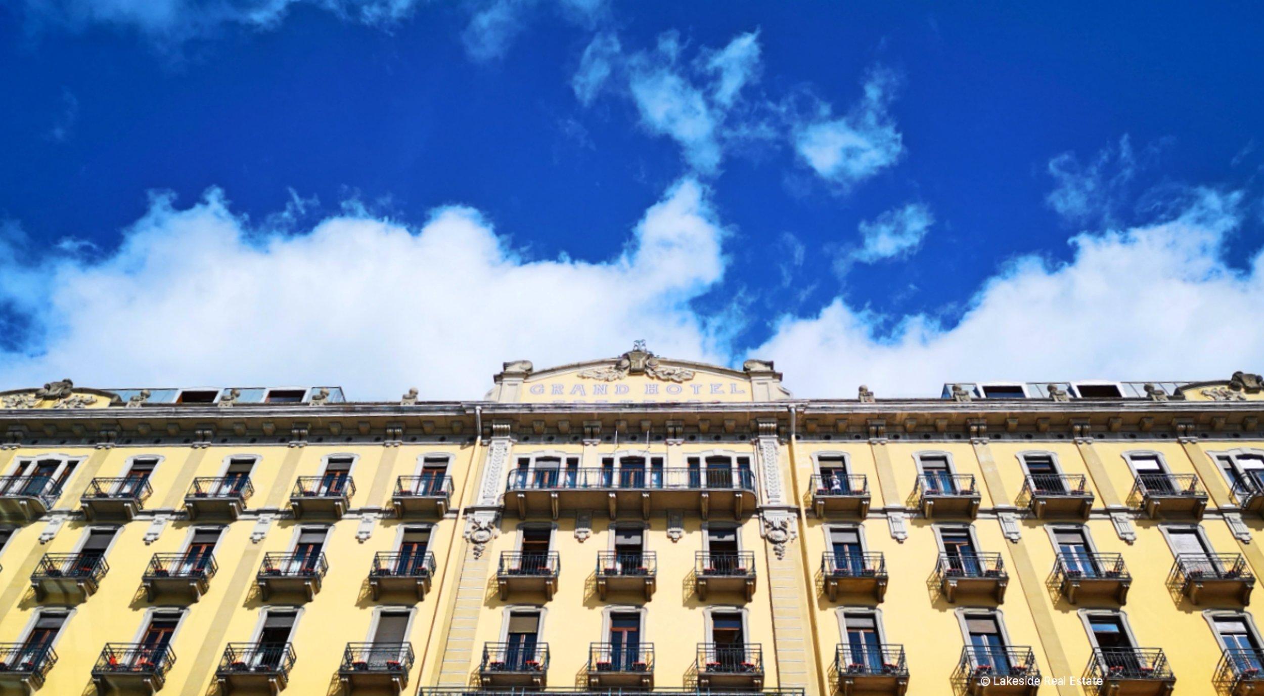 The majestic facade of Grand Hotel Tremezzo