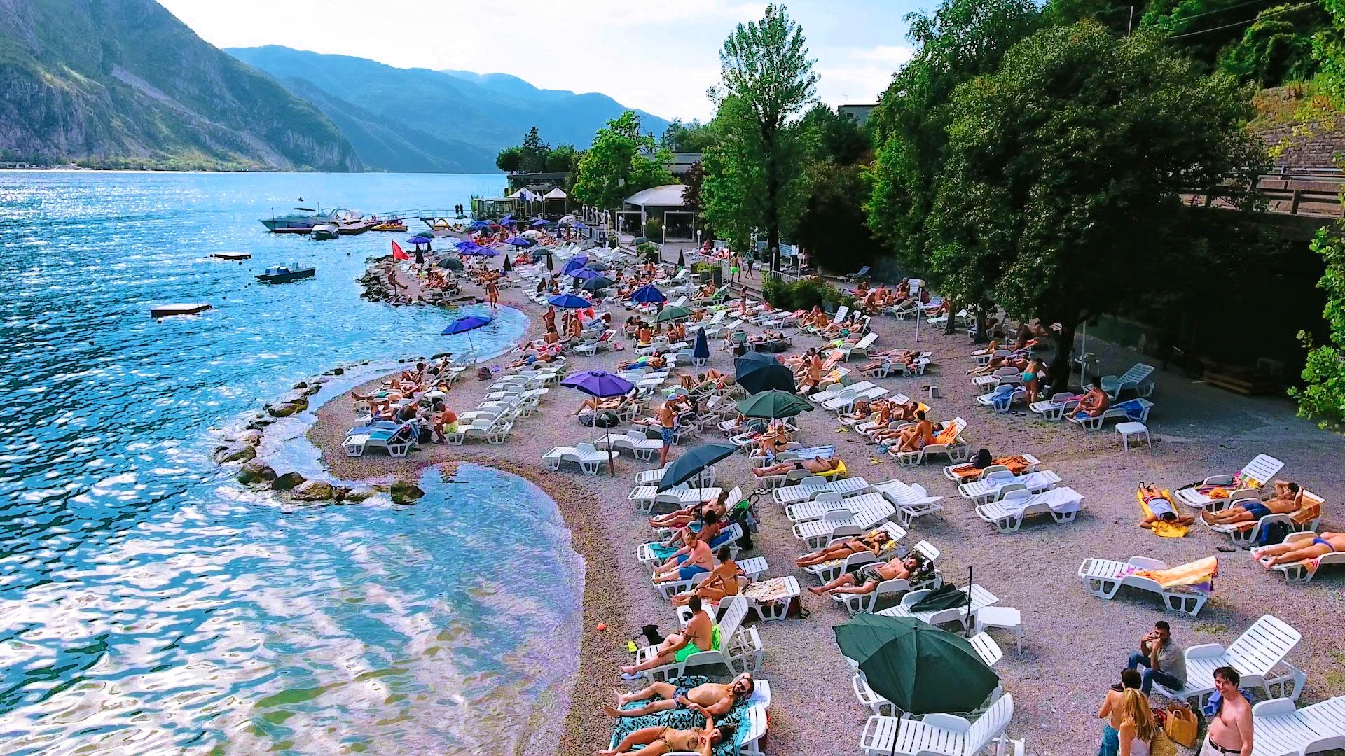 Orsa Maggiore beach in Lecco