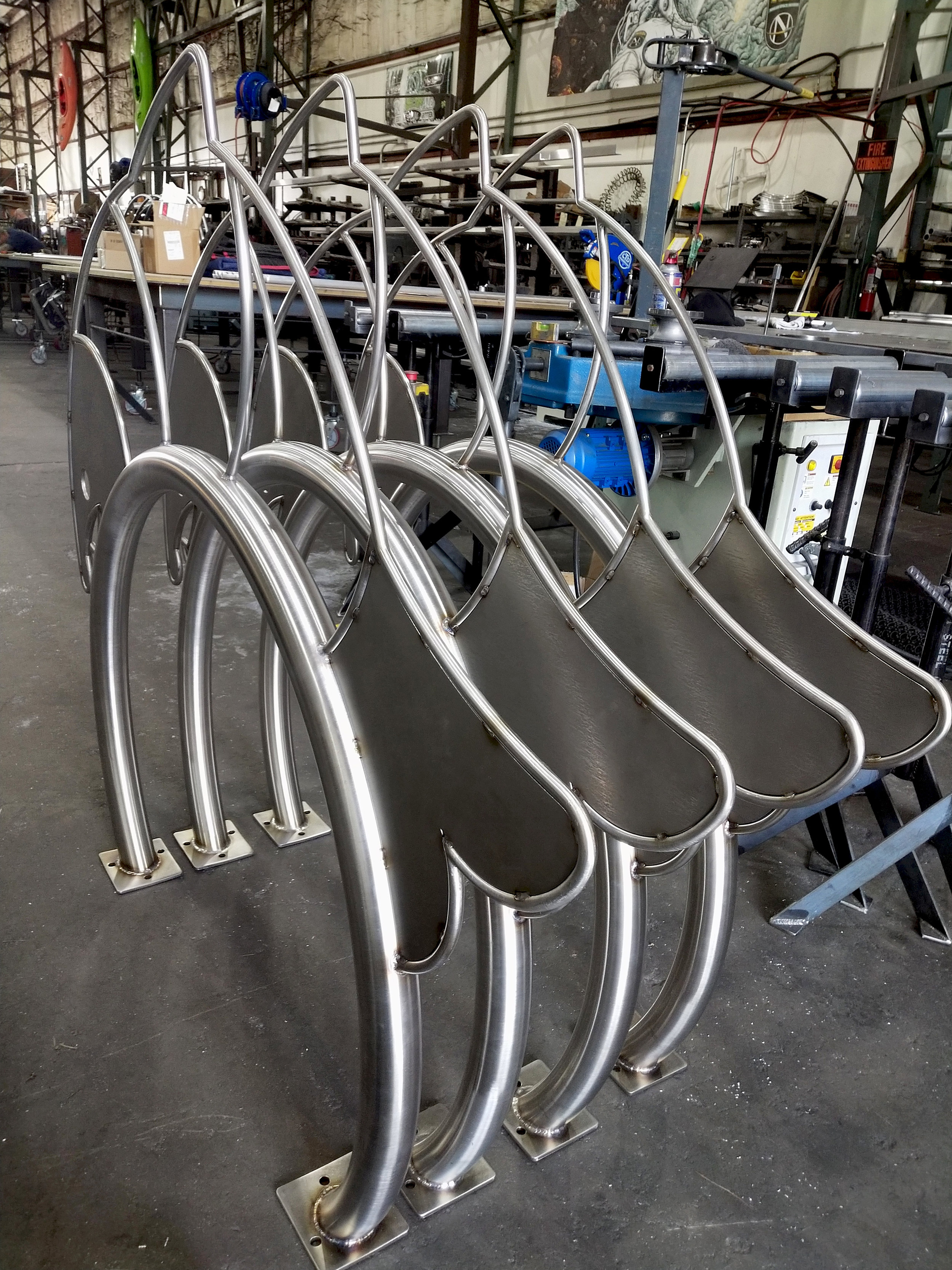 Rolled Aluminum Tubing Fish Bike Racks