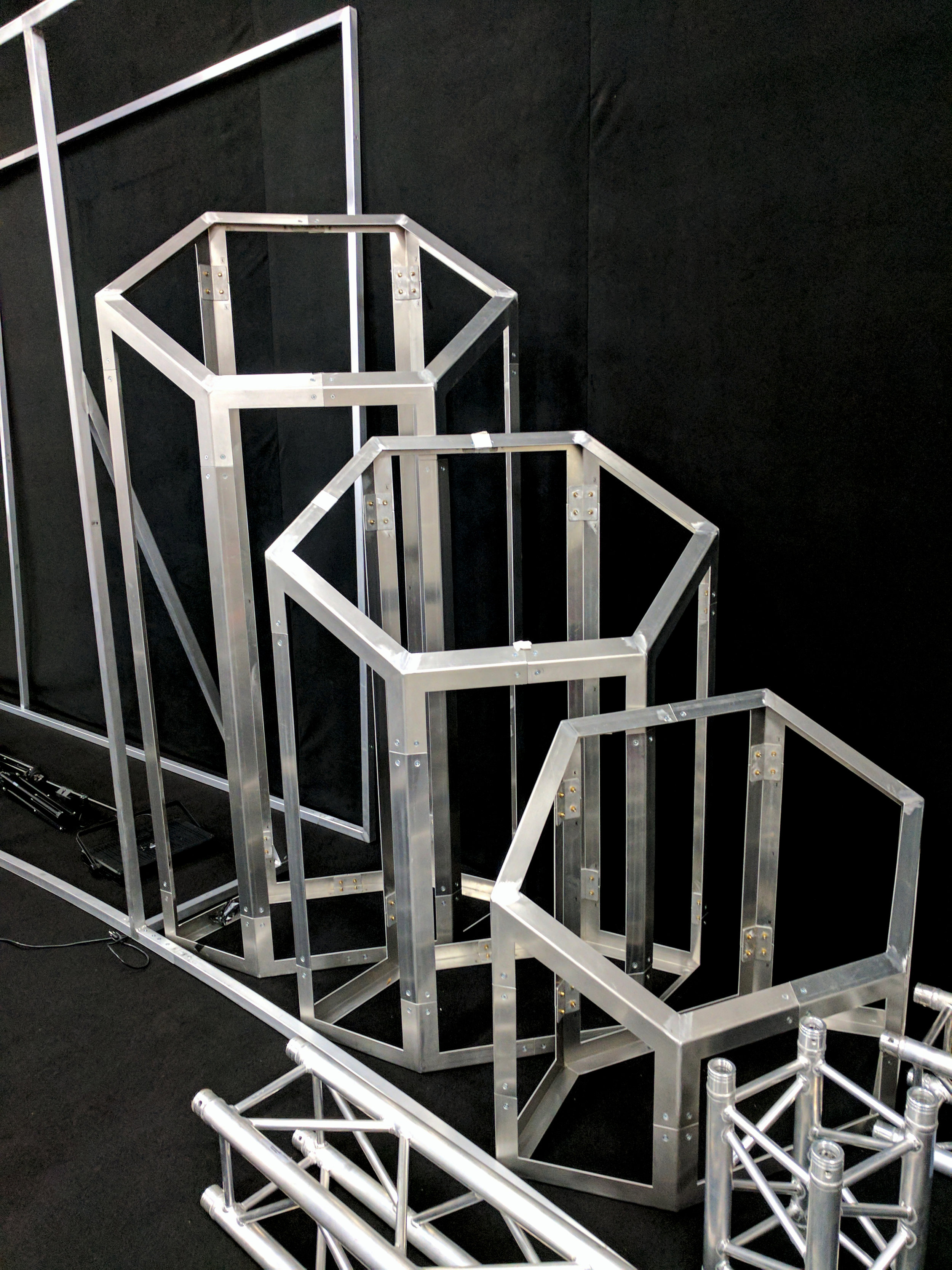 Geometric Honeycomb Aluminum Fabrication