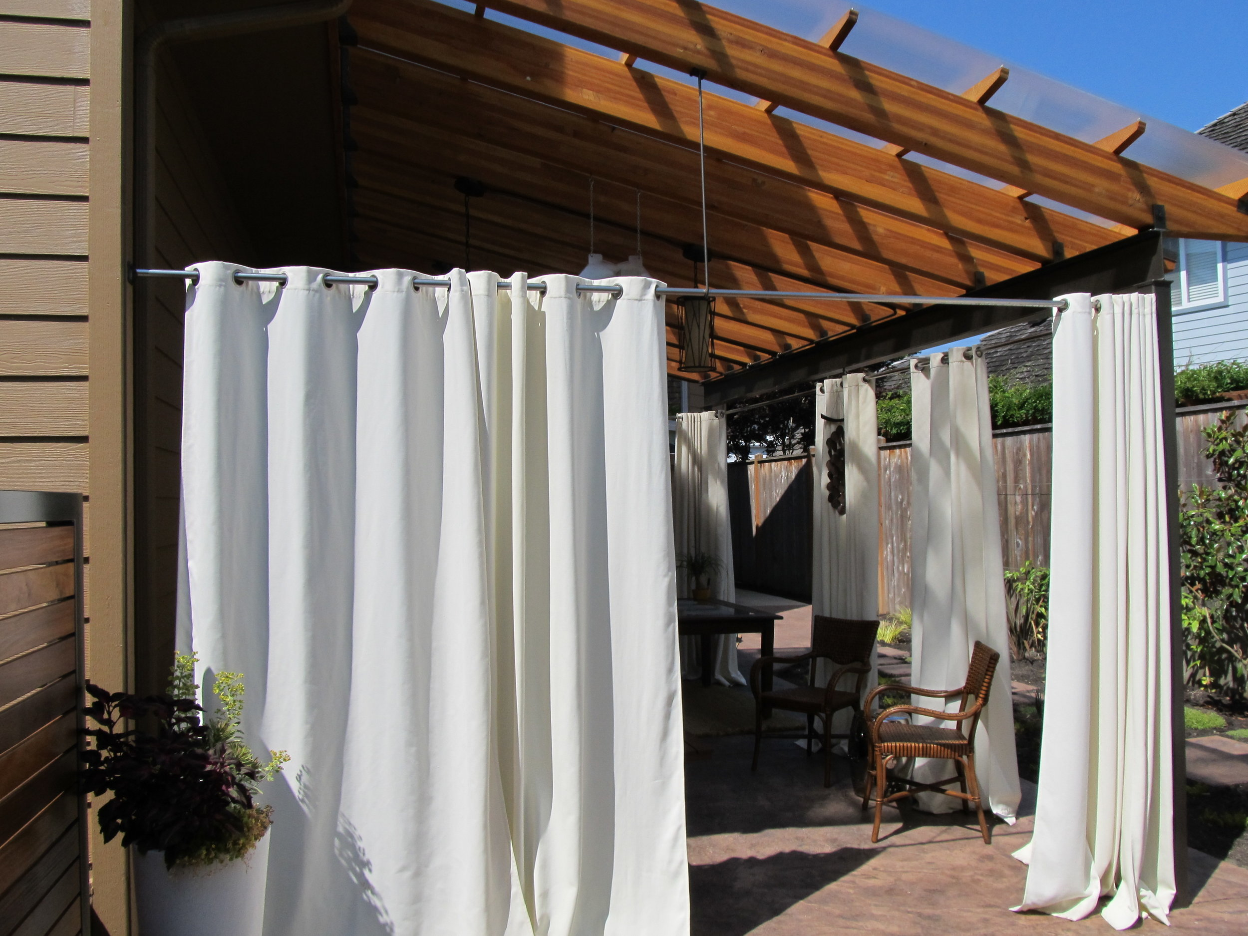 Outdoor Steel Valance with Curtains
