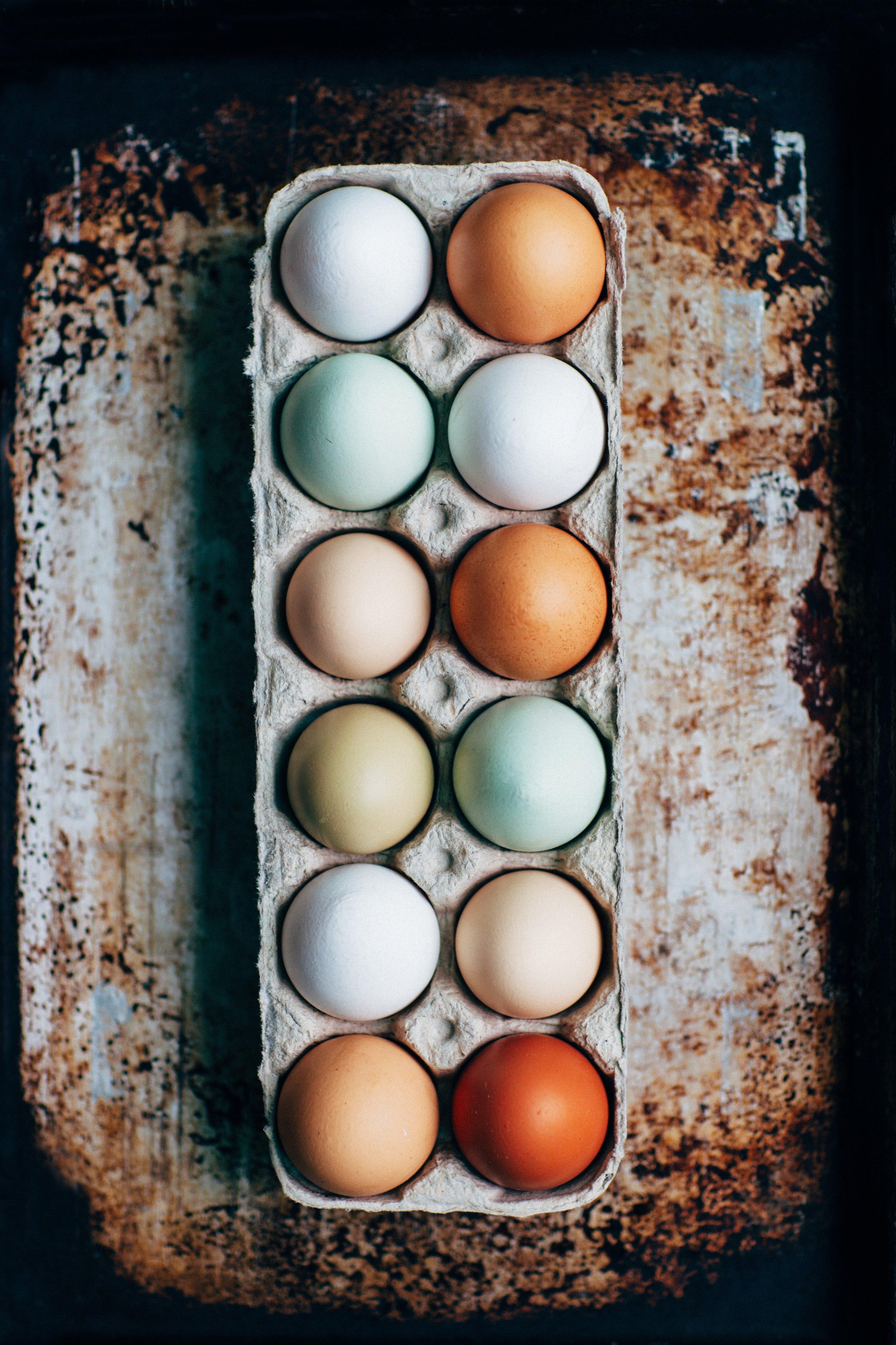 Eggs contain B vitamins, protein, zinc, iron, selenium and vitamin D.