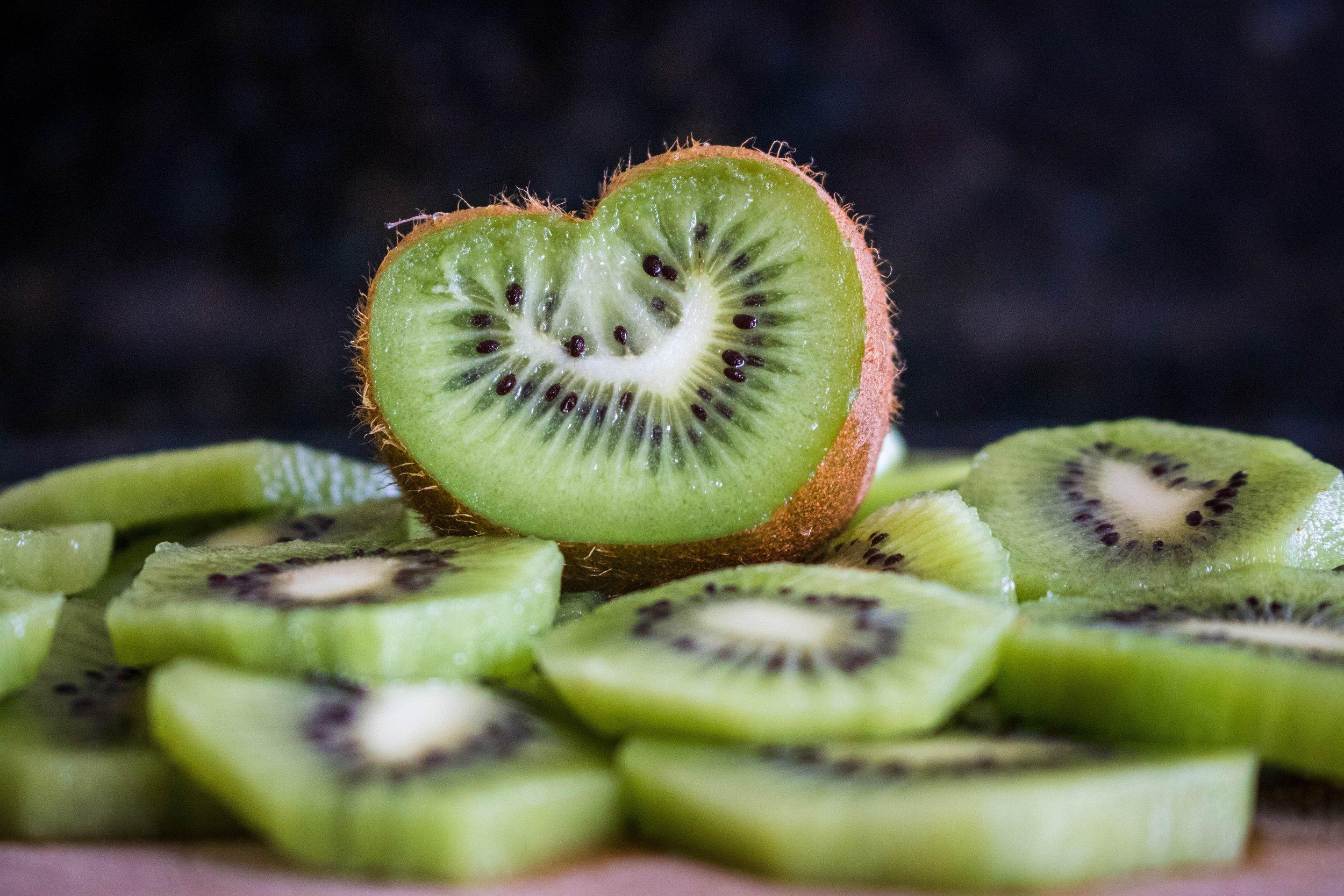 Kiwi has more vitamin C than an apple.