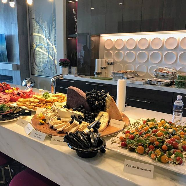What a wonderful time we had catering for @luxurylvmag 's Food & Wine issue 'eco fashion' party at Vu this weekend!! Lovely people, the homes, art and the view all magnificent. And there were barely any leftovers!  #events #Henderson #magazine #fashion #luxury #italianrestaurant  @destinationhenderson