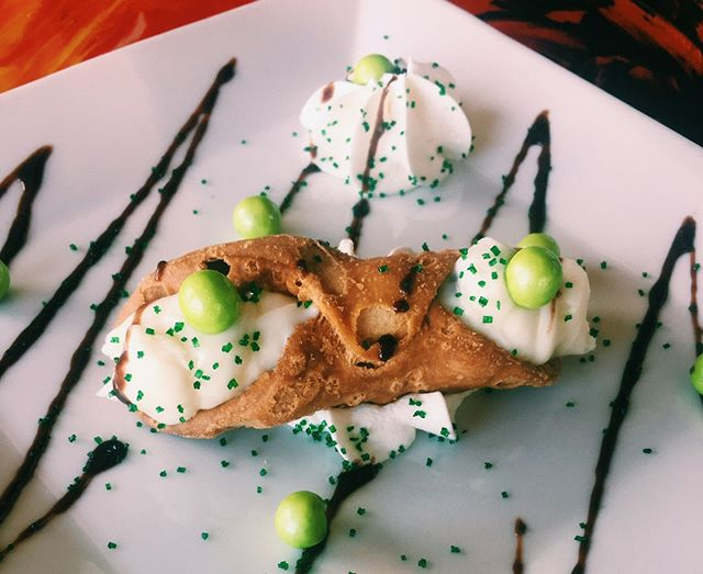 We love our homemade cannoli...how about you? #pastashoplv #destinationhenderson