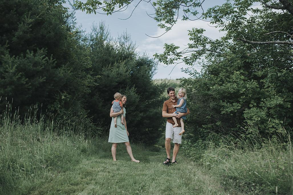 Vermont newborn, child and family photographer.
