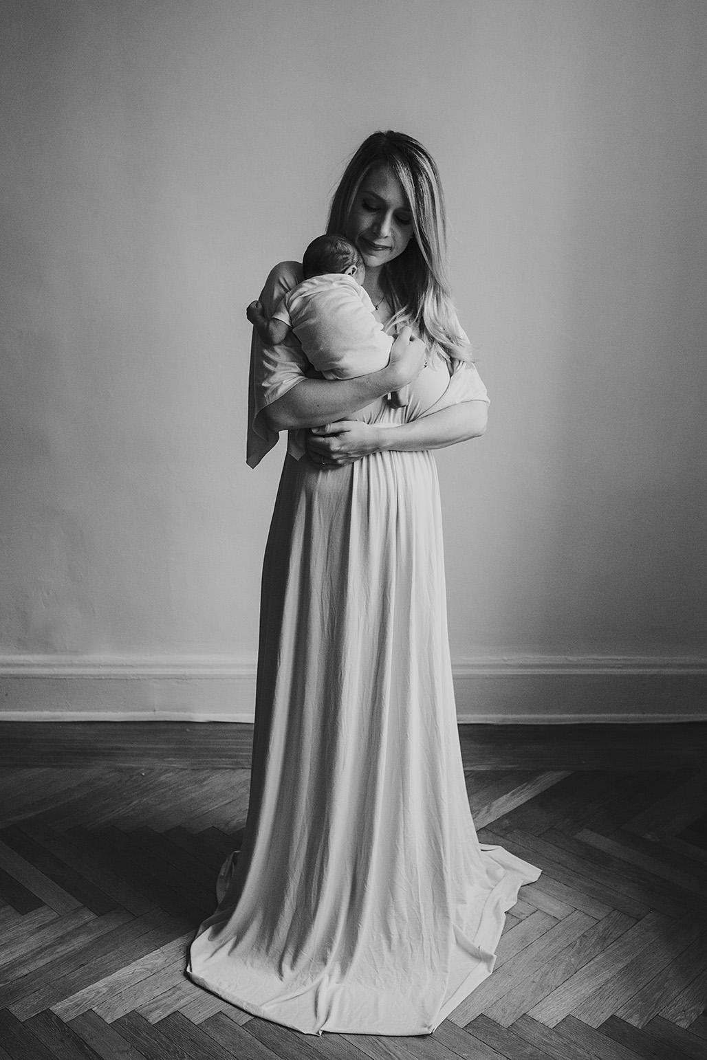 New York City newborn photographer/ Eve's newborn session