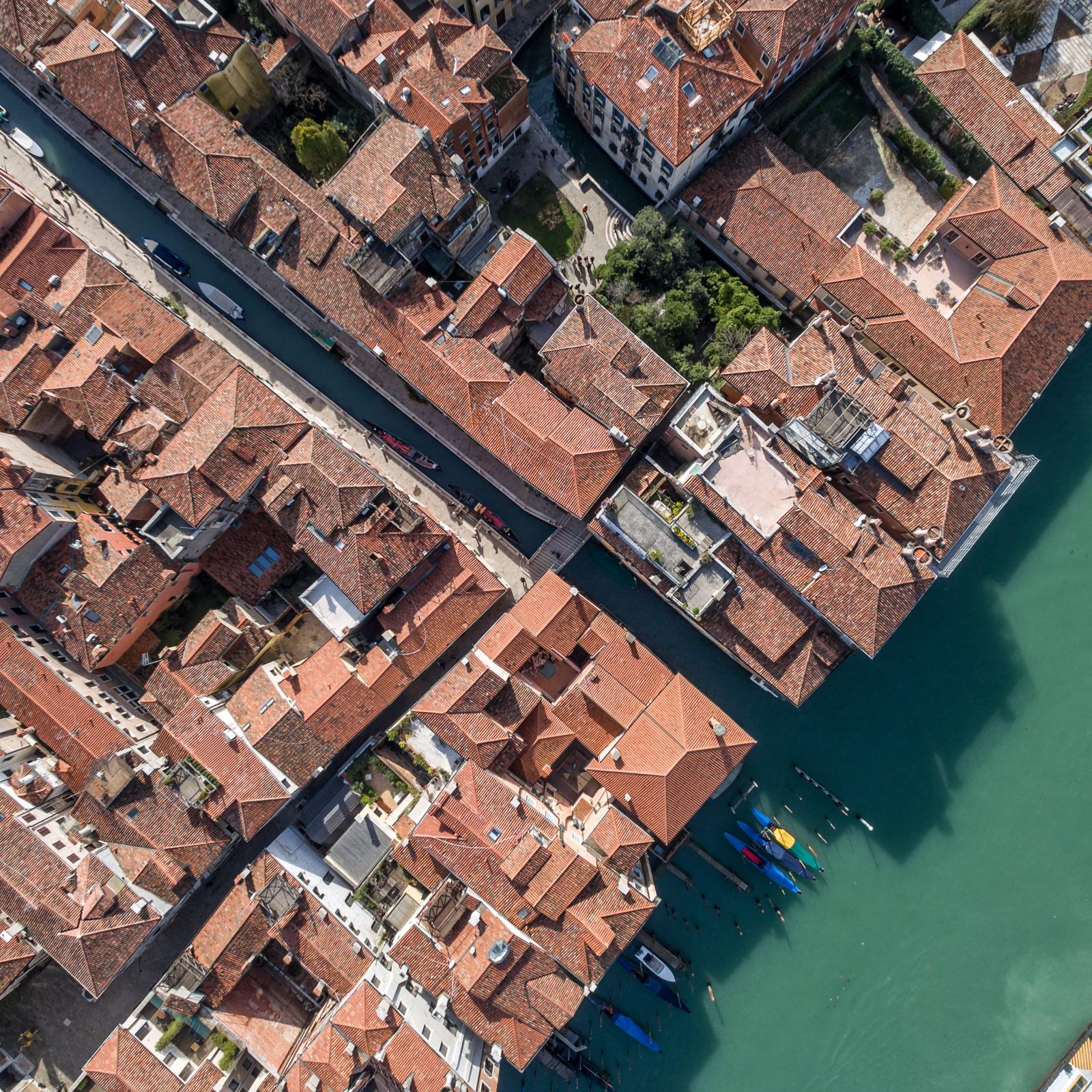 Venice_E10_v1.jpg