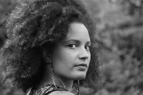 Aminata AIDARA,  journaliste et romancière