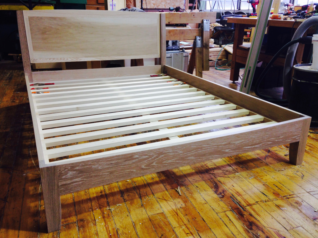 White oak bed