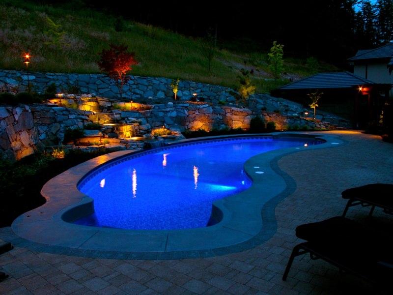 Custom Vinyl Pools and Custom Concrete Pools