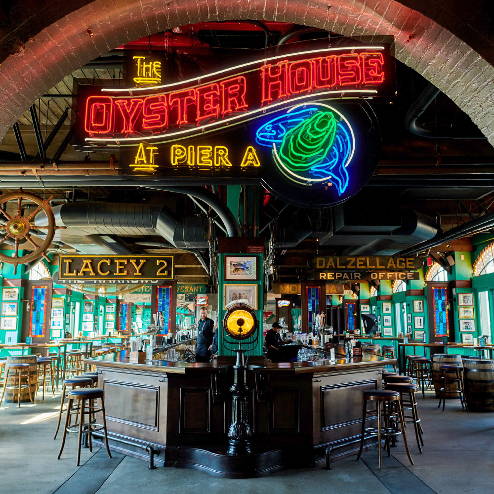entry to oyster house bar and seafood restaurant in Battery Park, FiDi 10004 – Oyster House at Pier A NYC.jpg