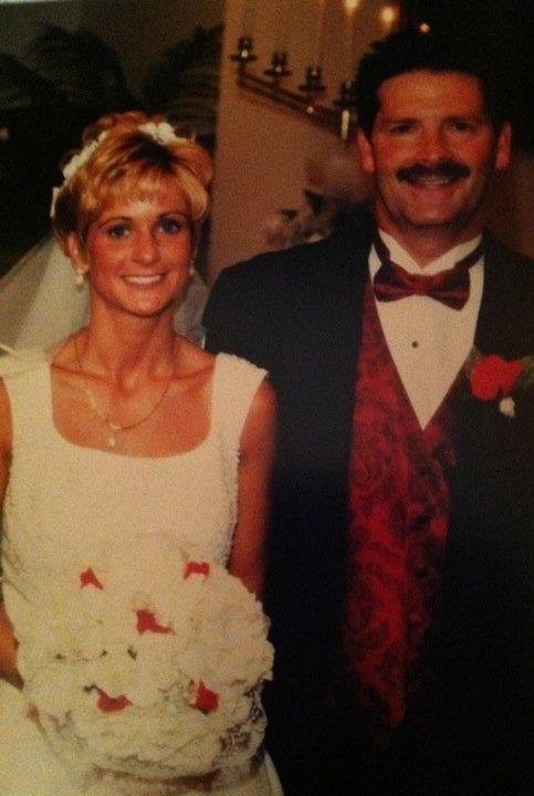 sis and dad wedding.JPG
