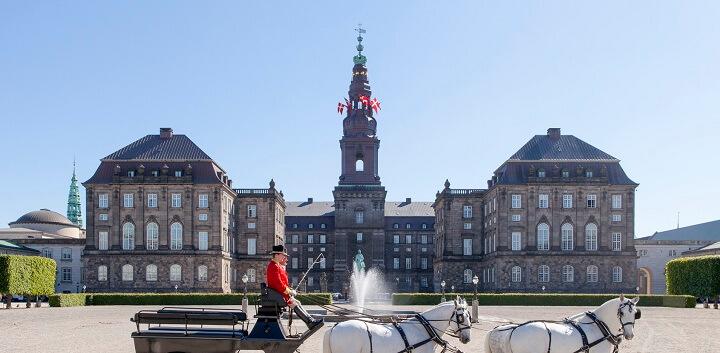 Christiansborg Palace.jpg