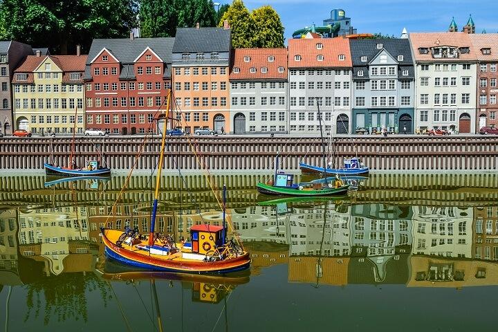 Nyhavn Harbour.jpg