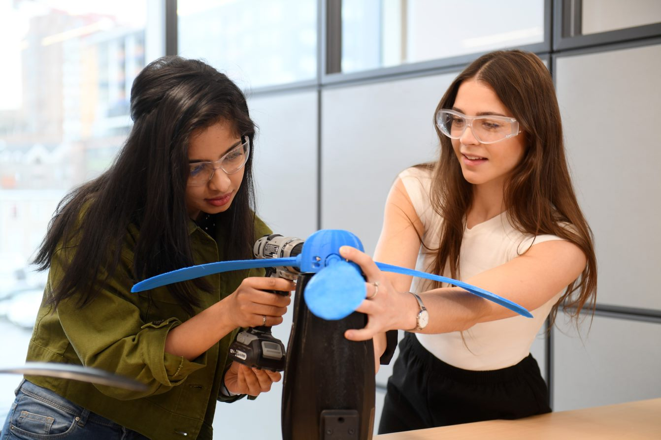Develop Innovative and Entrepreneurial Engineering Talent - Through strategic programs and partnerships across Dalhousie and with ecosystem partners, we empower students to make an impact locally and globally.