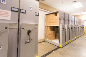 hotel-pick-station-bulk-storage-spacesaver