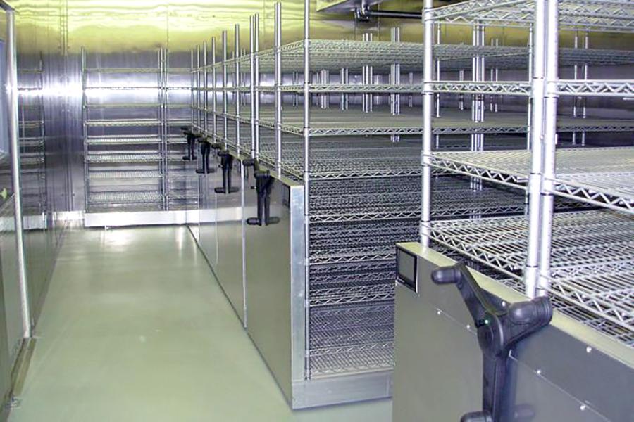 Sterile Mobile Wire Shelving