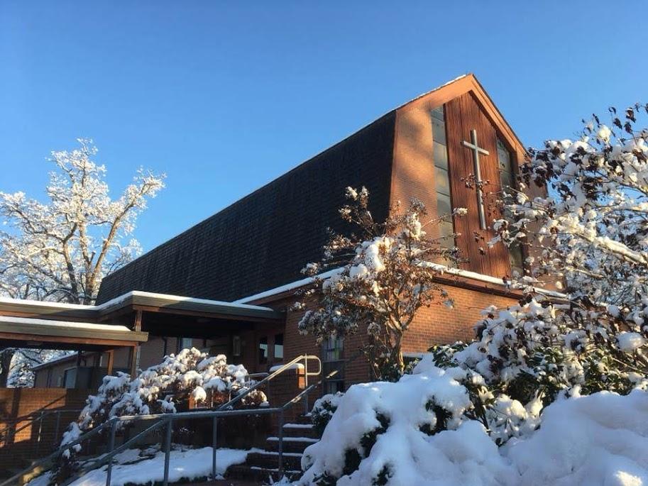 Church in snow.jpg