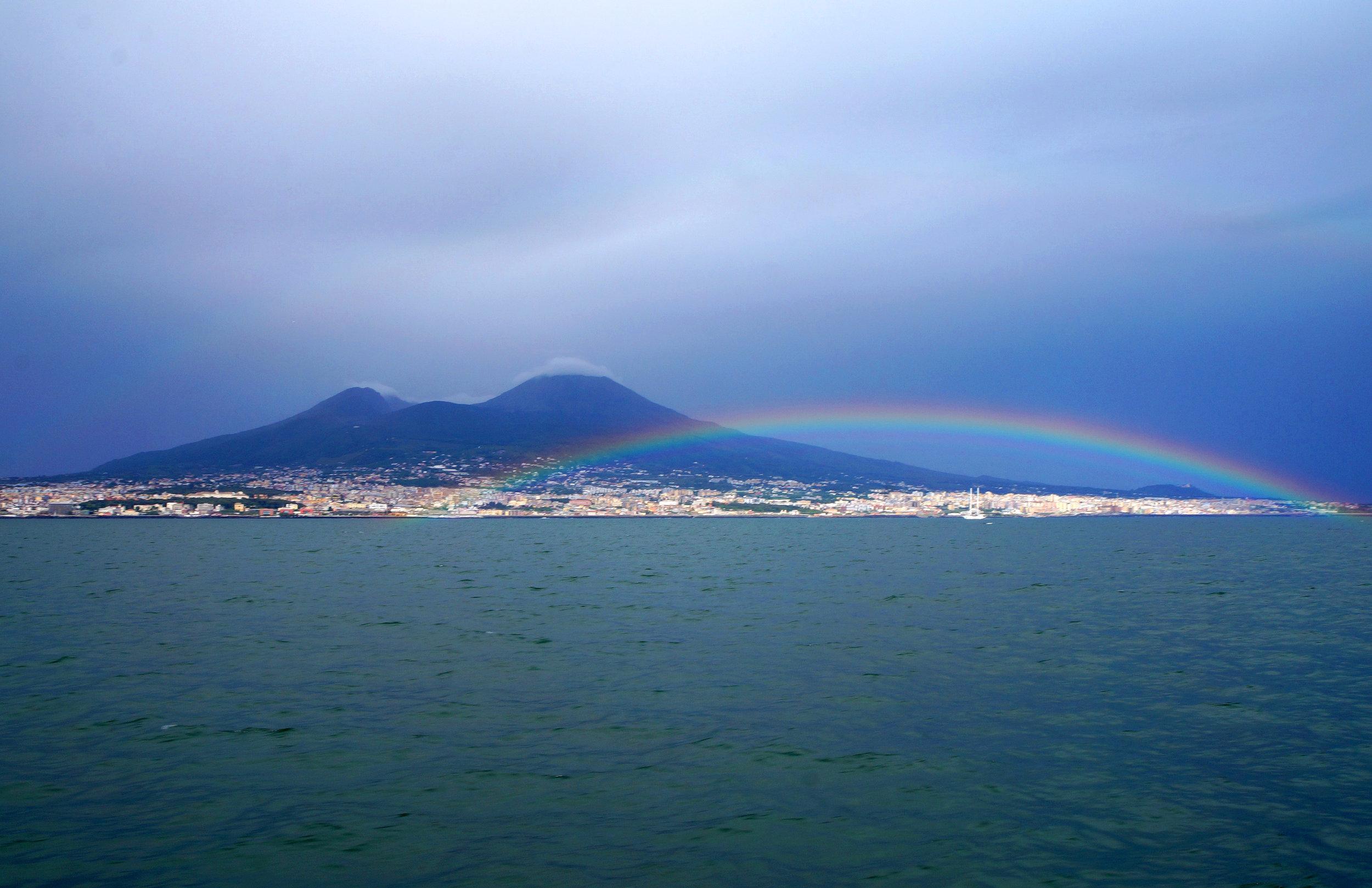 08719_ITALY2016_rainbow_vesuvius_11x17_v2.jpg