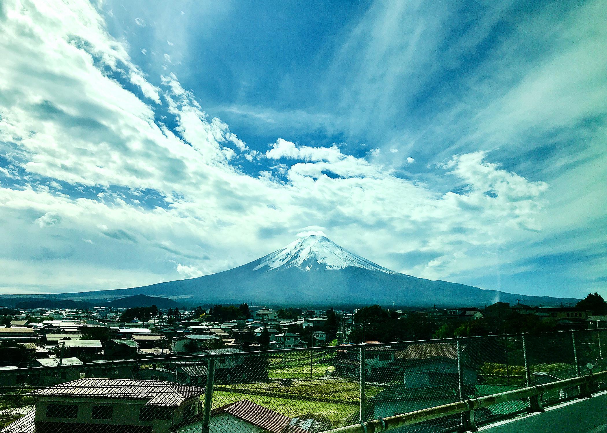 01_5916_japan_MtFuji_bus.jpg
