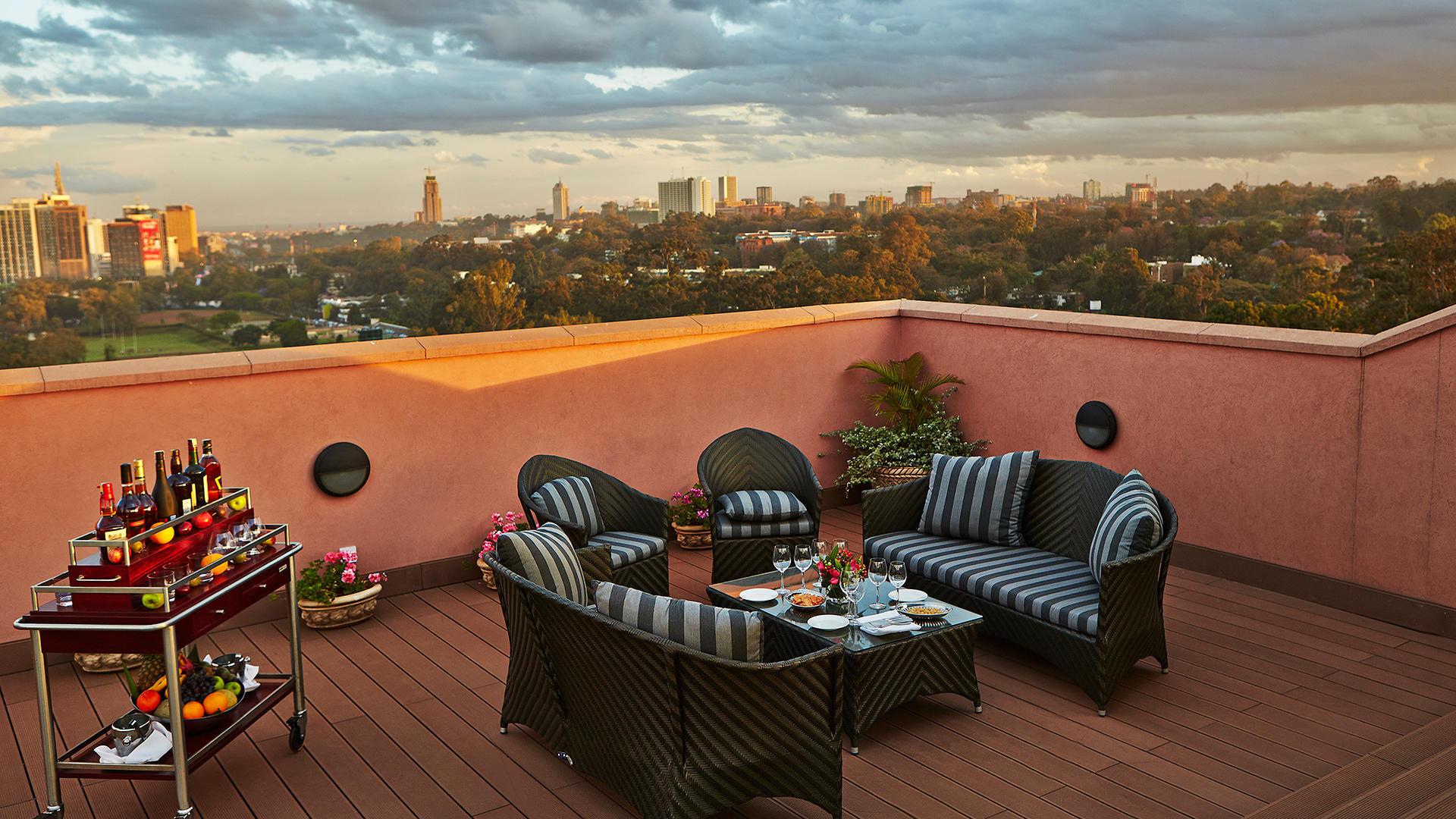 VillaRosaKempinski_Terrace_banner_image.jpg