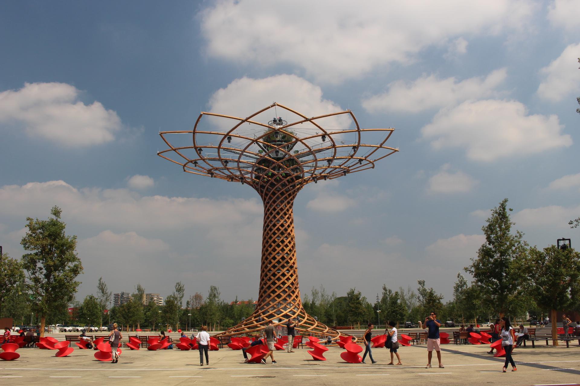 IMG_1164- Arvore do Futuro - Expo Milano 2015.jpg