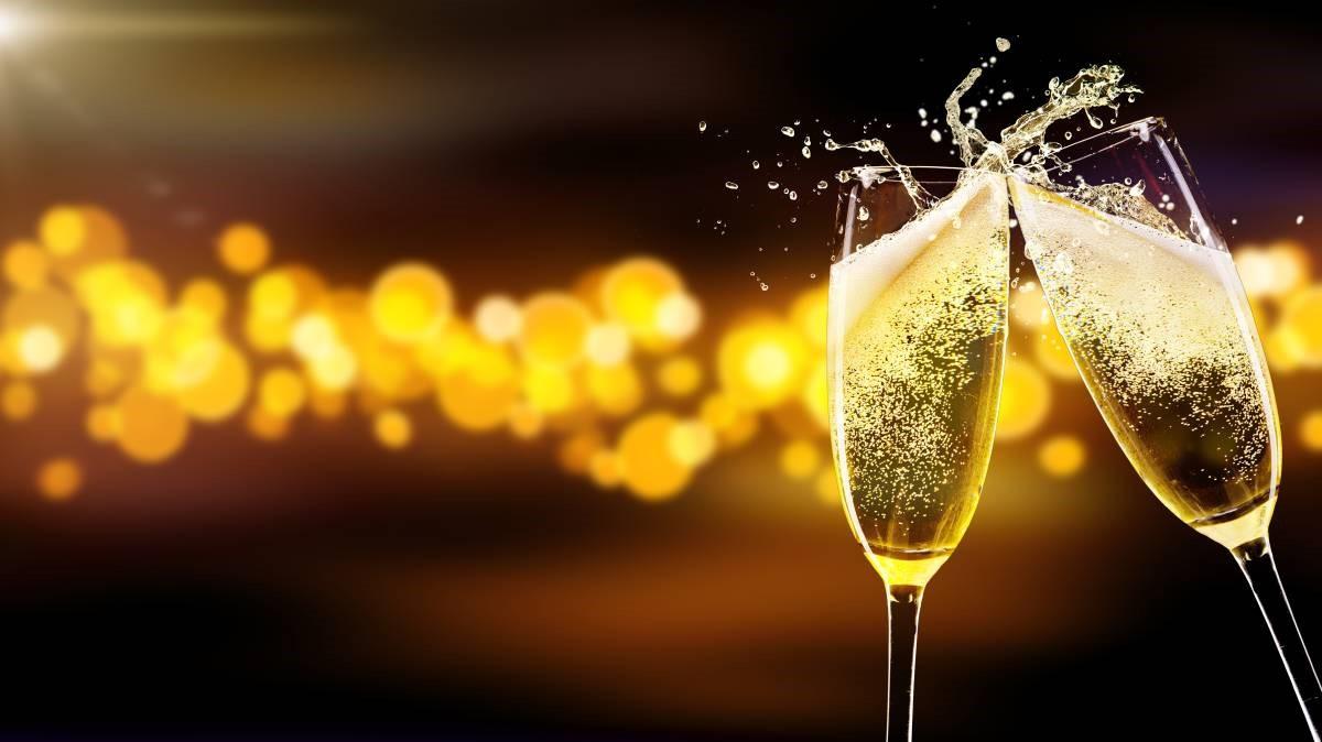 champagne glasses.jpg