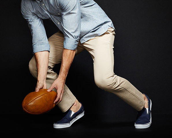 Comfort Stretch - Everything you love about chinos, but with a hint of stretch that makes them extra comfy and easy to move in.