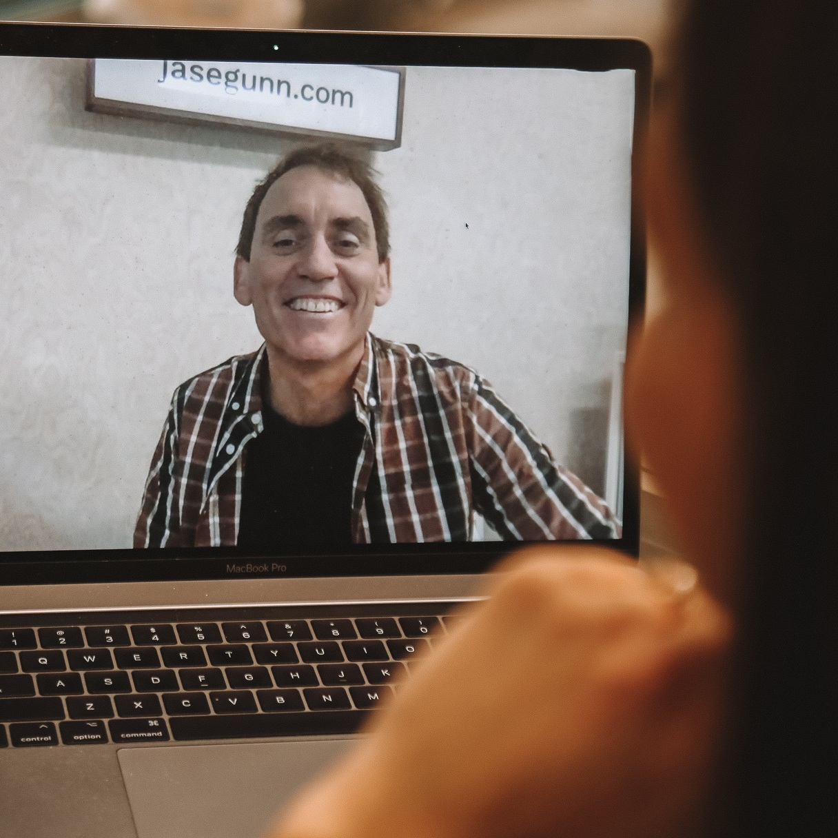 One-on-One Online - No matter where you are, we can connect. Send me a quick video of you talking to camera and I'll give you my honest and helpful feedback to take your speaking to the next level.