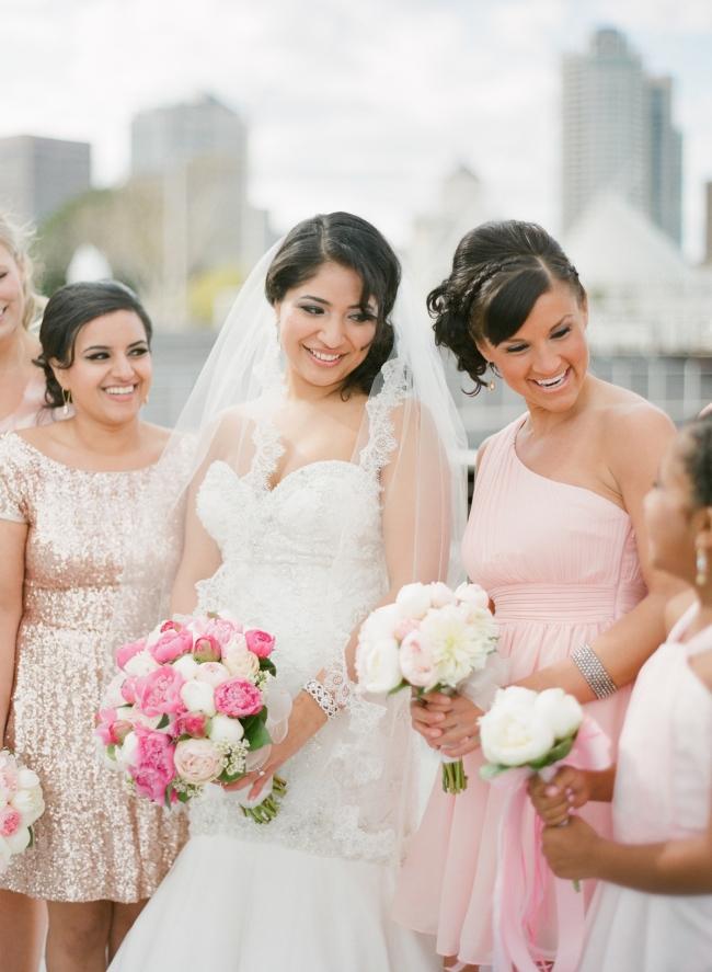 milwaukee-pier-wisconsin-wedding-photographer026(pp_w650_h887).jpg