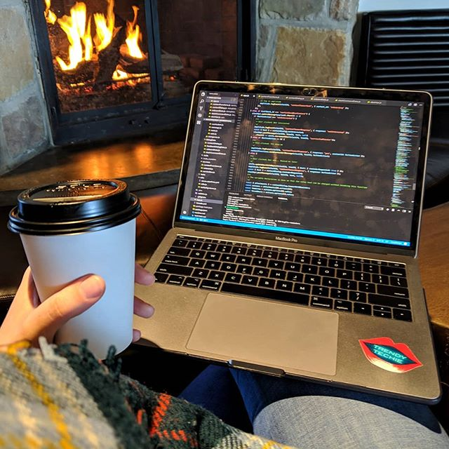 We made it back to MTL before the blizzard started, but not before I snuck in some fireside bugfixes! 🐛❄️ After these two days away I'm thinking I might just embrace the permanent digital nomad lifestyle and road trip my way through fireside and poolside offices (to my team who is reading this, don't worry, I won't leave you!). 🚙 I don't really think I'd want to live like that, as fun as it is in short bursts. But I do think the option to work remote at least part of the time is incredibly freeing and helps people with different lifestyles contribute wholly at work. When my mom was terminally ill, working from home (and sometimes, the hospital) gave me the flexibility I needed to be present at work and for my family. Everyone's life is different, so their time and location needs differ. That's why Crescendo is remote-friendly! 💞