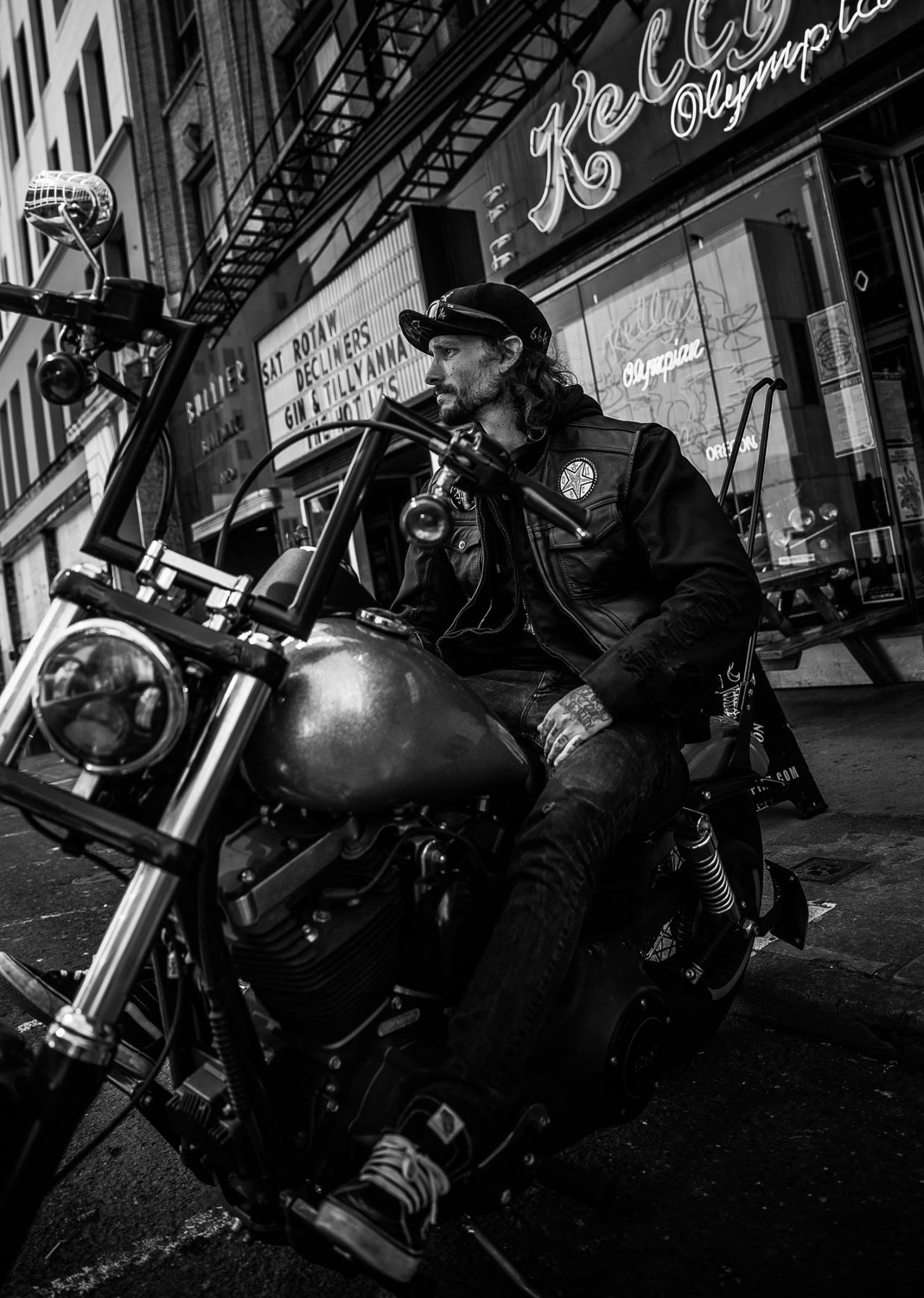Tom_Lupton_Portrait_Photography_Street_Motorcycle.jpg