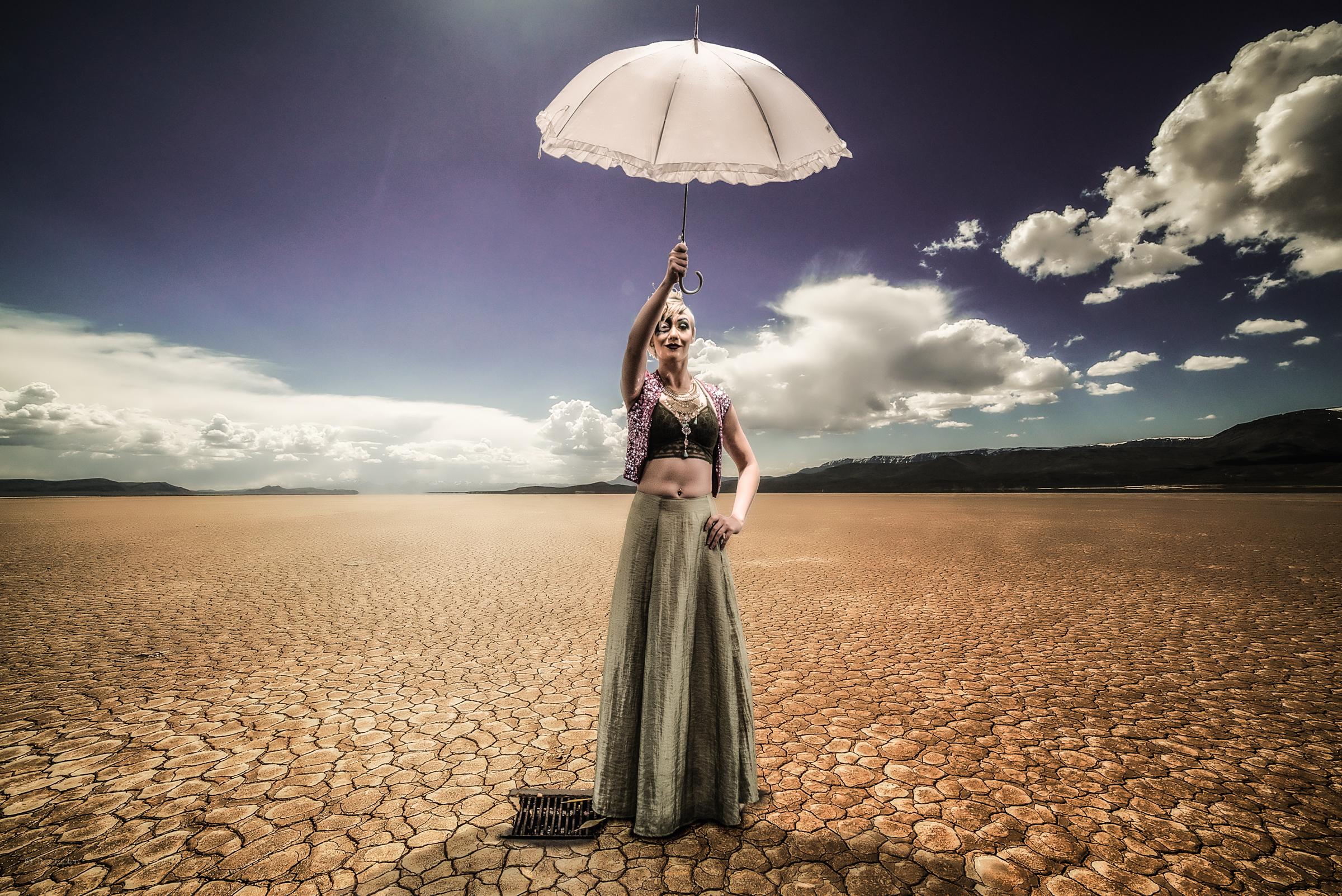Tom_Lupton_Photos_Umbrella_Portrait.jpg