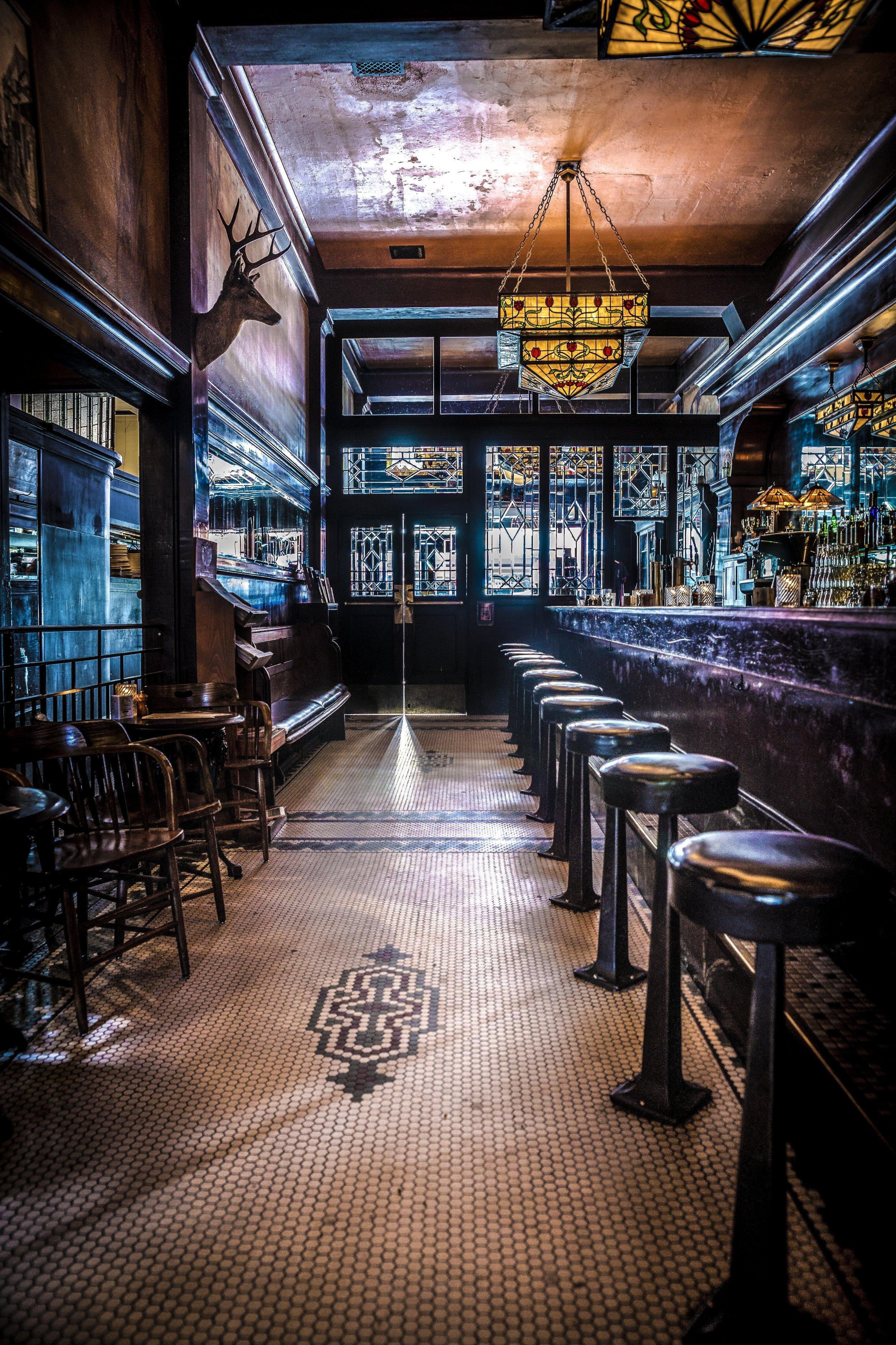 Tom_Lupton_Photography_Restaurant.jpg