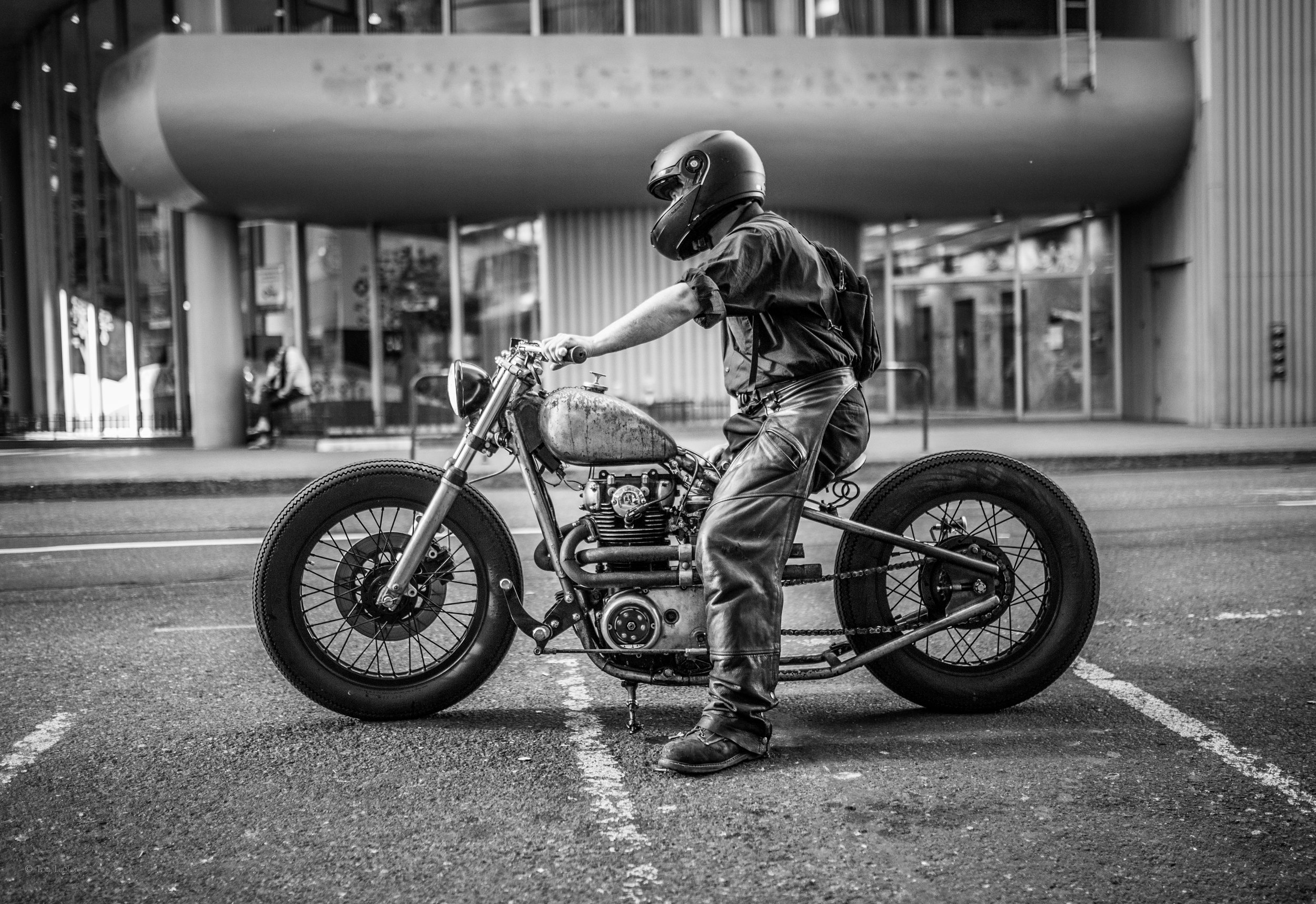 Tom_Lupton_Photography_Motorcycle.jpg